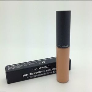 MAC moisture cover concealer in NW30